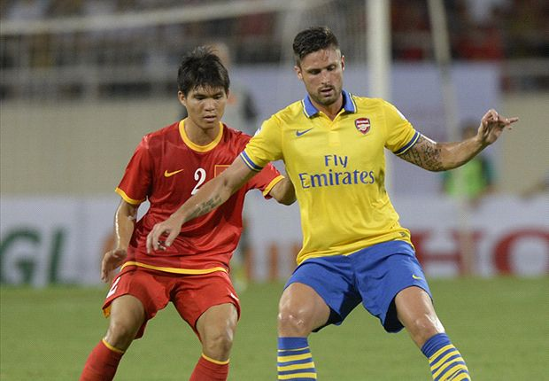 Giroud welcomes potential Suarez competition at Arsenal