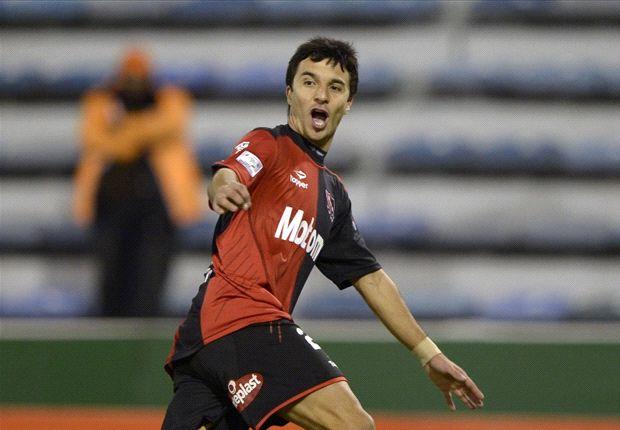 Nacho convirtió 24 goles en la temporada del fútbol local: 13 en el Torneo Inicial y 11 en el Torneo Final.