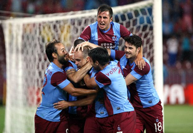 Trabzonspor 4-2 Derry City - Candystripes bag two away goals to keep hopes alive