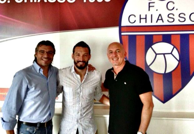 Zambrotta joins Swiss side Chiasso as player-coach