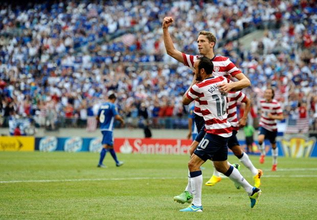 USA 5-1 El Salvador: Rout lifts Americans into Gold Cup semifinals