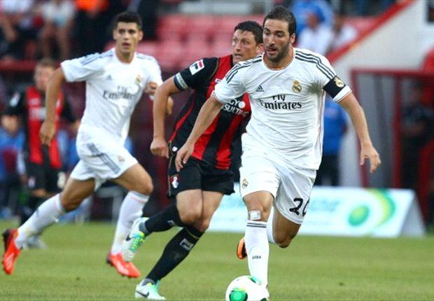 Higuain, ieri in goal nell'amichevole contro il Bournemouth