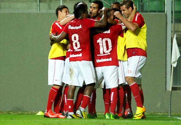 Internacional 1 x 0 Flamengo: Com o coração dividido, Juan marca para o Inter e decreta derrota do Flamengo