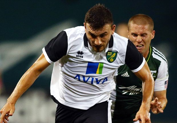 Snodgrass will stay at Norwich, insists Hughton