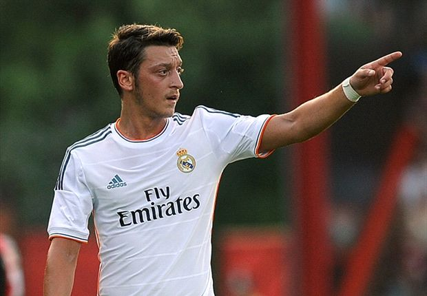 Real Madrid deny accusing Ozil of unprofessional behaviour