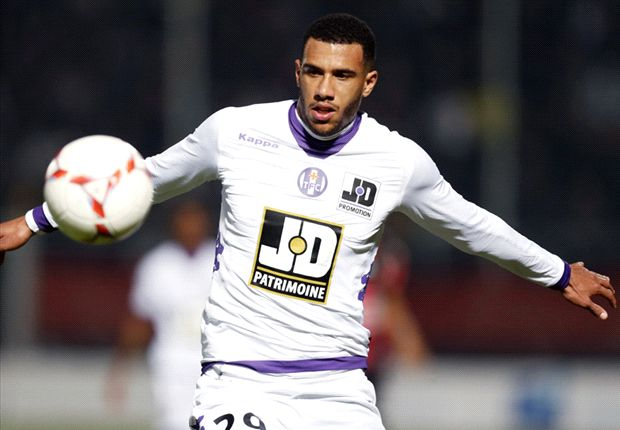 'One of France's best central midfielders' - Meet Tottenham target Etienne Capoue