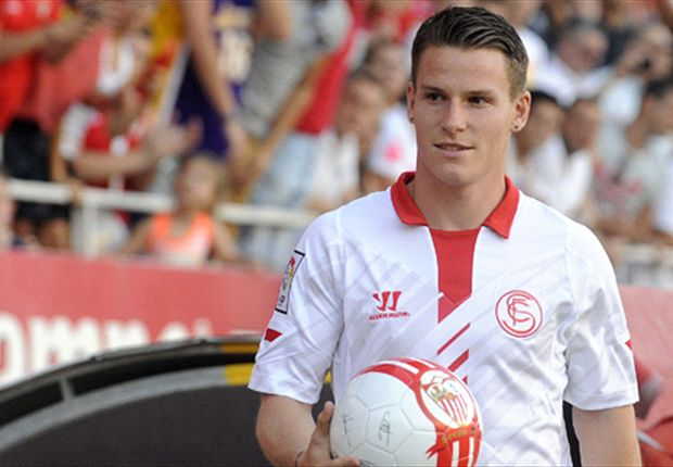 Sevilla slams PSG over Gameiro deal