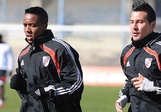 Jonathan Fabbro se incorporó esta semana al plantel de River y ya fue titular en la práctica de fútbol.