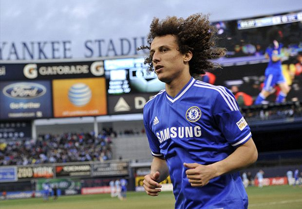 Mourinho: Barcelona 'wasting their time' with David Luiz pursuit