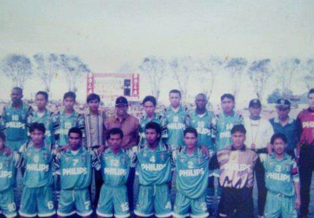 Skuat Persebaya saat menjuarai Liga Indonesia 16 tahun silam