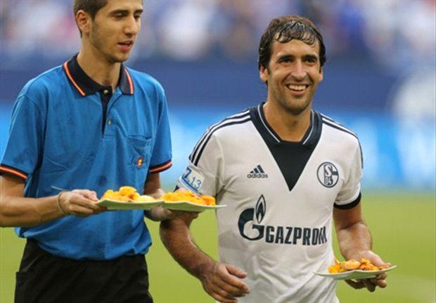 El Schalke también le dio un homenaje