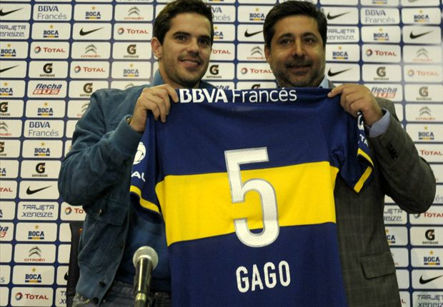 Official: Gago seals Boca return