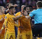 POLL: Had Barcelona recht op een strafschop?