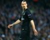 Ibrahimovic mit Rauchbombe attackiert