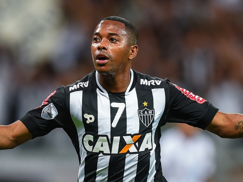 VIDEO - Robinho è rinato all'Atletico Mineiro, segna anche di testa!