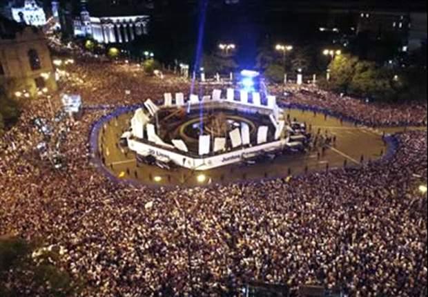 Cibeles amanece vallada por la final de Copa del Rey entre Barcelona y Athletic Bilbao