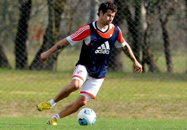 Rodrigo Mora volvió a entrenarse con el plantel de River.