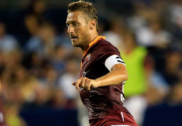 Roma must offer deal, says Totti