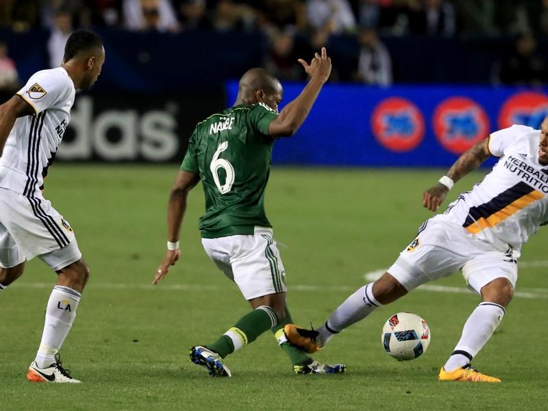 LA Galaxy, 3 giornate per De Jong: contratto da 'Designated' a rischio?