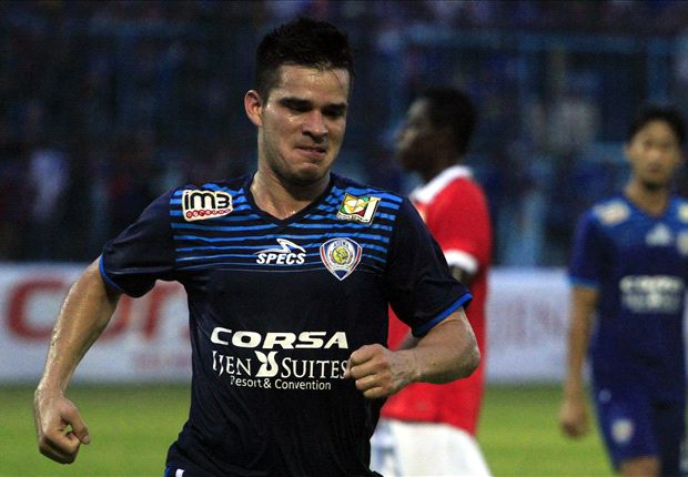 Gustavo mencetak gol kemenangan Arema atas Persija, Sabtu (16/4).