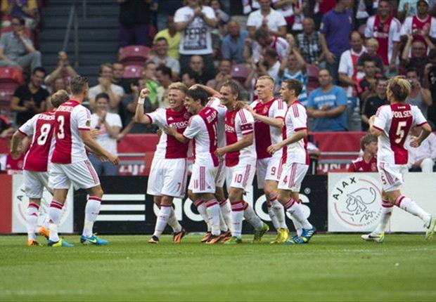 Ajax bijt spits af met driepunter tegen Roda