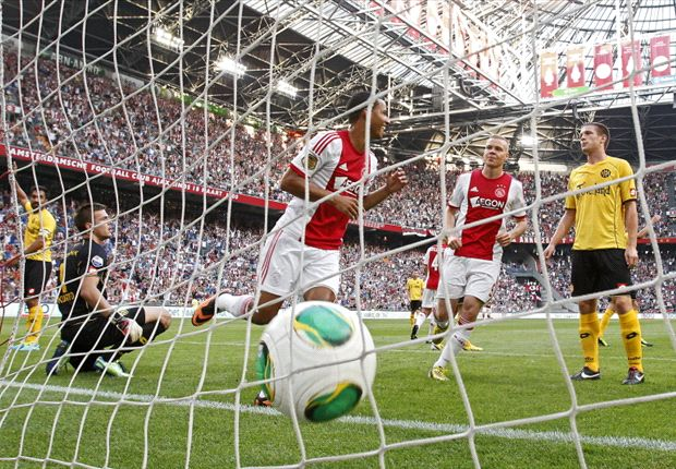 Frank de Boer content with Ajax start after win over Roda