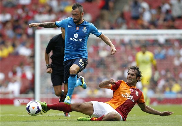 Galatasaray 1-0 Porto: Melo penalty enough for Terim's side to claim opening win