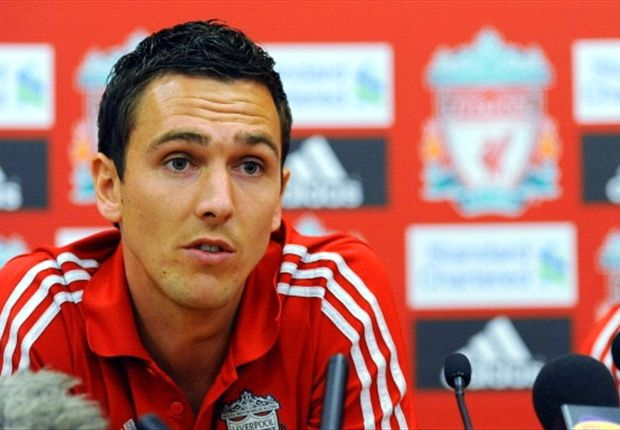Newcastle boss Pardew dismisses move for Liverpool's Downing