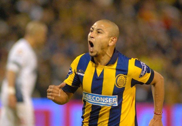 El Chino Luna es la carta de gol de Rosario Central, que necesita sumar de a tres para engrosar su promedio.