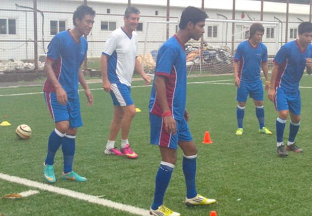 Morgan trains the players roped in by IMG-Reliance at Cooperage, Mumbai