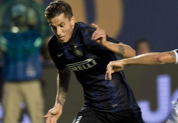 Ricky Álvarez quiere pisae fuerte en el Inter.
