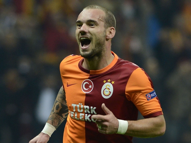 Calciomercato Inter: il ritorno di Sneijder 'bloccato' da Banega
