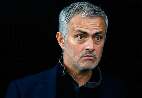 RUMOURS: Man Utd ask Mou to wait