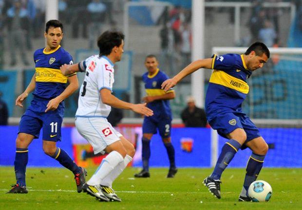 Riquelme jugó ante Belgrano por el Torneo Inicial. Esta vez, no podrá estar.