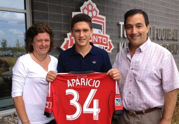 Toronto FC signs homegrown midfielder Manny Aparicio