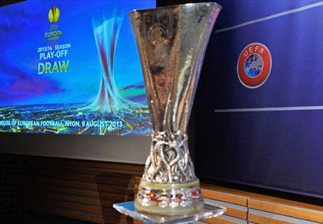หงส์กระอักบุกตุรกี,ท็อฟฟี่สบาย,ไก่จ๊าก จับติ้วยูโรป้า 32 ทีม