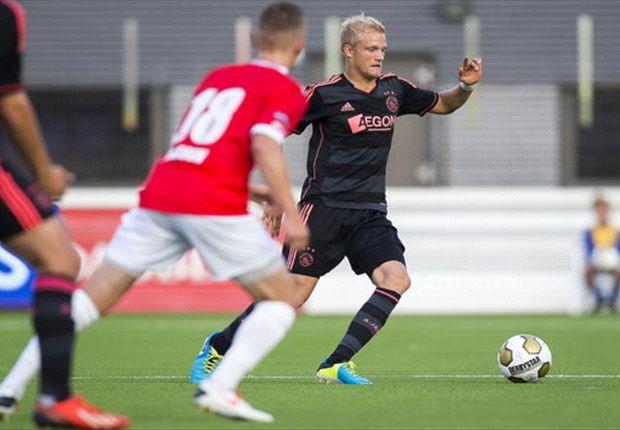 Deense linksback vervangt geblesseerde Daley Blind