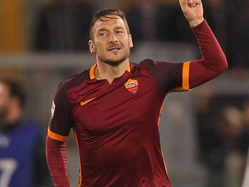 We have made contact with Totti, New York Cosmos coach admits