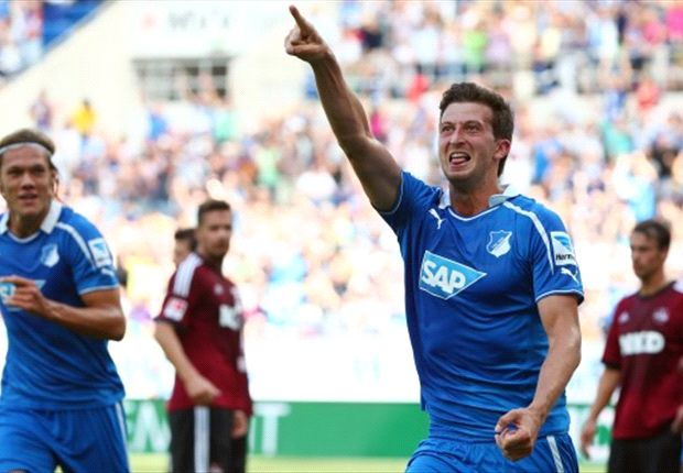 David Abraham (TSG Hoffenheim) bejubelt sein erstes Saisontor und gleichzeitig das 1-0 gegen den 1. FC Nürnberg