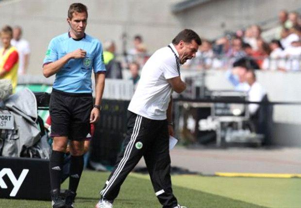 Dieter Hecking unzufrieden mit dem Schiedsrichter