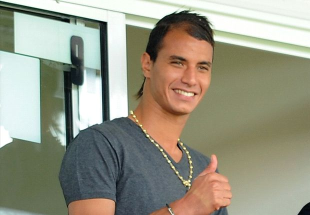 Chamakh: No regrets over England move despite Arsenal disappointment