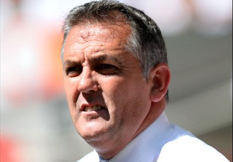 Coyle in talks with Houston Dynamo