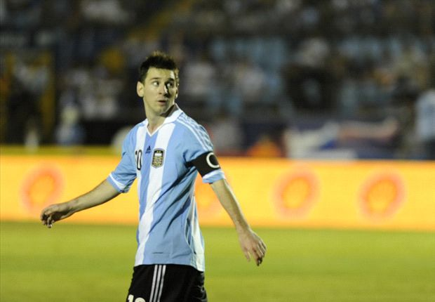 Messi to miss Italy-Argentina through injury