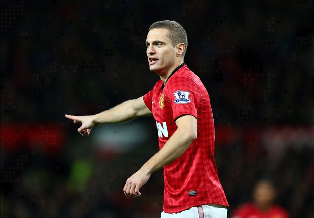 Vidic calm over Man Utd contract talks
