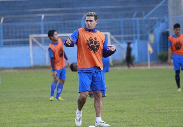 Cristian Gonzales dan rekan satu timnya di Arema Indonesia mulai menjalani liburan pasca libur Lebaran