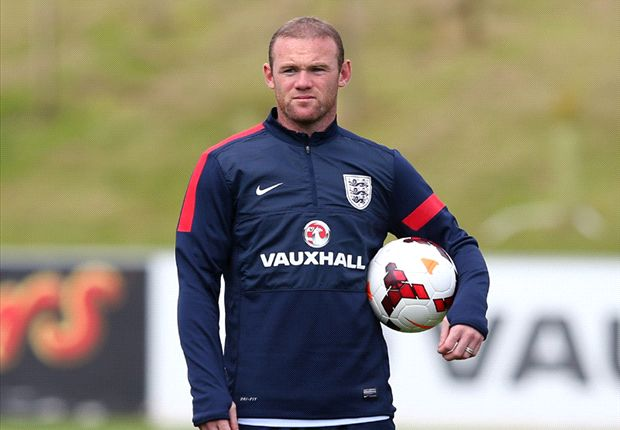 Rooney head injury 'like something out of a horror movie', says Walcott