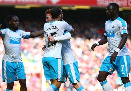 Liverpool blow lead on Rafa's return