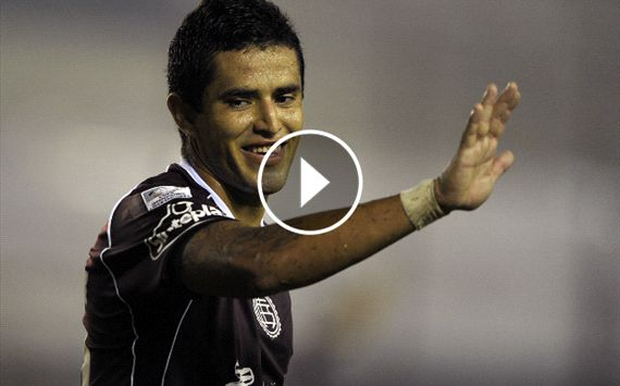WATCH: Ayala's screamer vs Banfield