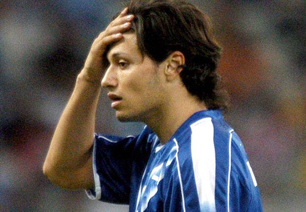 Mauro Zárate volverá a ponerse la V azulada después de seis años.