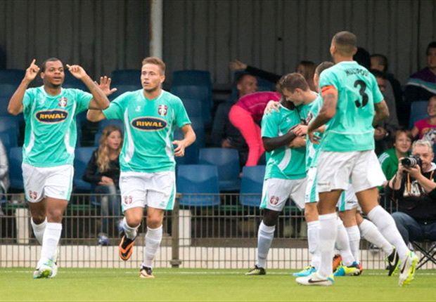 FC Dordrecht eindigt met negen man, maar wint wel